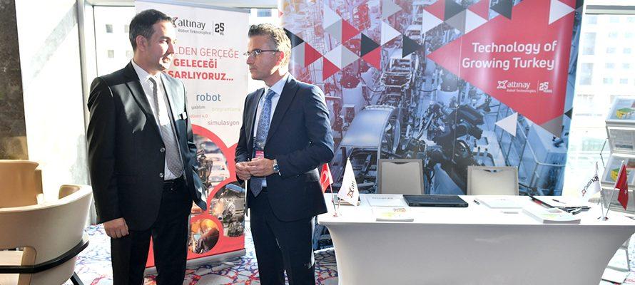 Robot Teknolojileri Dünya Otomotiv Konferansı'nda